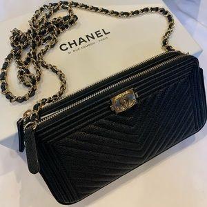 Chanel boy WOC ON CHAIN/ clutch.